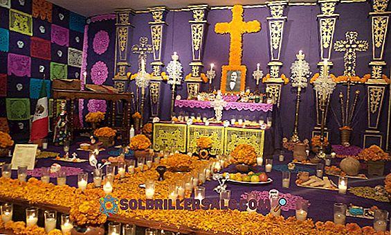 10 Tradisi dan Bea Cukai San Luis Potosi (Meksiko)