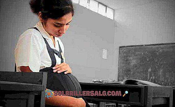 6 عواقب الحمل في مرحلة المراهقة